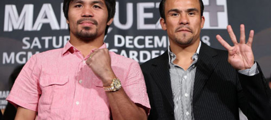 MANNY PACQUIAO TRAINING SESSION LIVE SIMULCAST ON NASDAQ SEVEN-STORIES TALL TIMES SQUARE SCREEN
