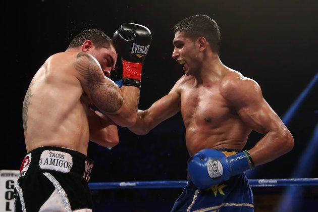 The Return of the &#8220;King&#8221;: Amir Khan Makes A Statement With Stoppage of Carlos Molina