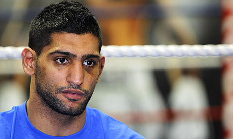 Khan Disappointed With Mayweather's Treatment Towards HIm