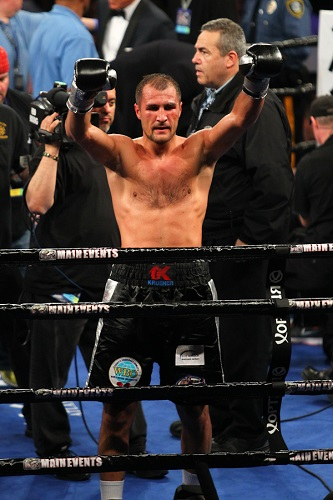 Weekend Recap: Kovalev Krushes, Dulorme Rebounds