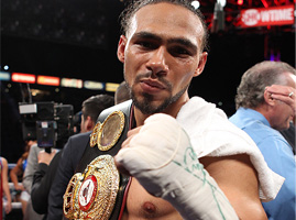 keith-thurman-gets-win-over-julio-diaz-diaz-hurt-ribs-forces-stoppagethummbail