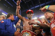 """Arum Believes Crawford on His Way to Back to Back """"Fighter of the Year"""" Awards"""