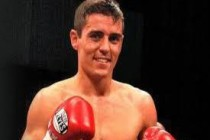 Crolla to defend his WBA title against Barroso May 7 at Manchester Arena