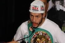 Gonzalez to face Oquendo on Mayweather undercard