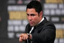 De La Hoya-Vargas- from foes to co-trainers as the Golden Boy helps develop his 16yr old son Devon