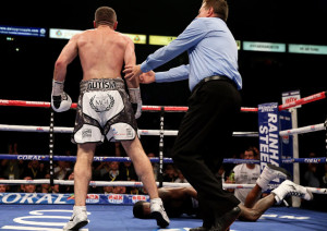 Liam Smith(left) (Photo by Ben Hoskins/Getty Images)
