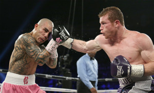 Miguel Cotto(left) Canelo(right)