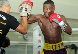 Guillermo-Rigondeaux-Chris-Farina-Top-Rank-Promotions